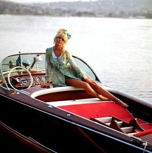 sixties,vintage,vacances,polars,livres,fictions,lotus,cobra,mercedes 280 sl,riva