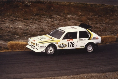 renault,maxi 5 turbo,lancia delta s4,lancia 037,courses de côtes,rallye,giovanni rossi,gérard paquet,roberto di giuseppe,henri toivonen,sergio cresto,mont-dore,1987