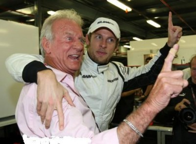 JOHN ET JENSON BUTTON.jpg