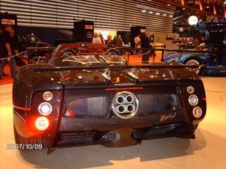 medium_Pagani_Zonda_F_Roadster_2.jpg